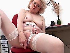 Blonde Mature and Her Dildo (Masturbation)