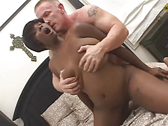 thick black woman gets fucked by white guy
